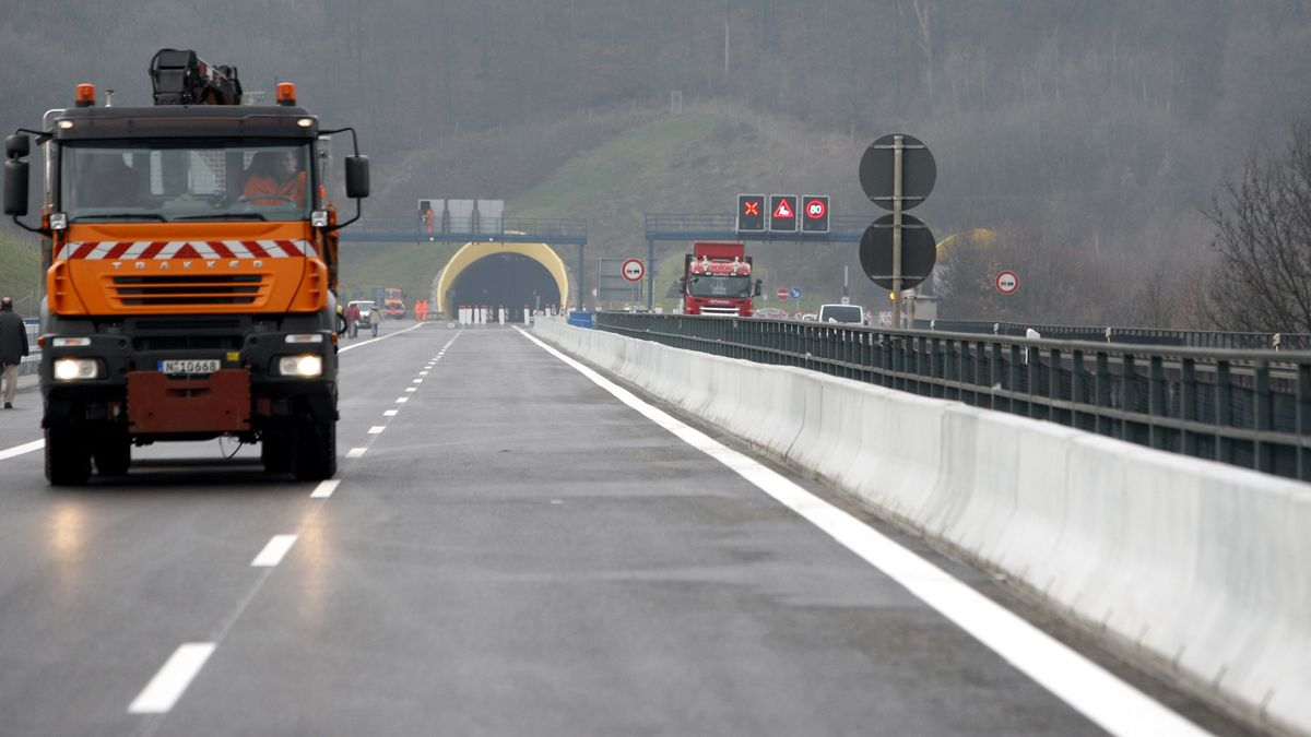 """Tunnel """"Schwarzer Berg"""" bei Eltmann (Lkr. Haßberge)"""