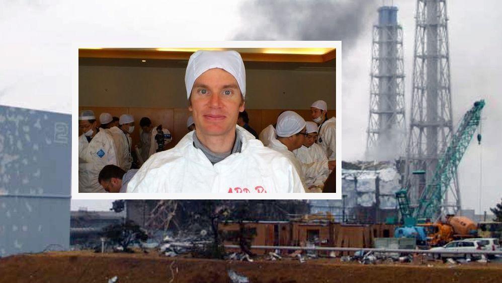 Korrespondent Peter Kujath bei einem Besuch des zerstörten Atomkraftwerks