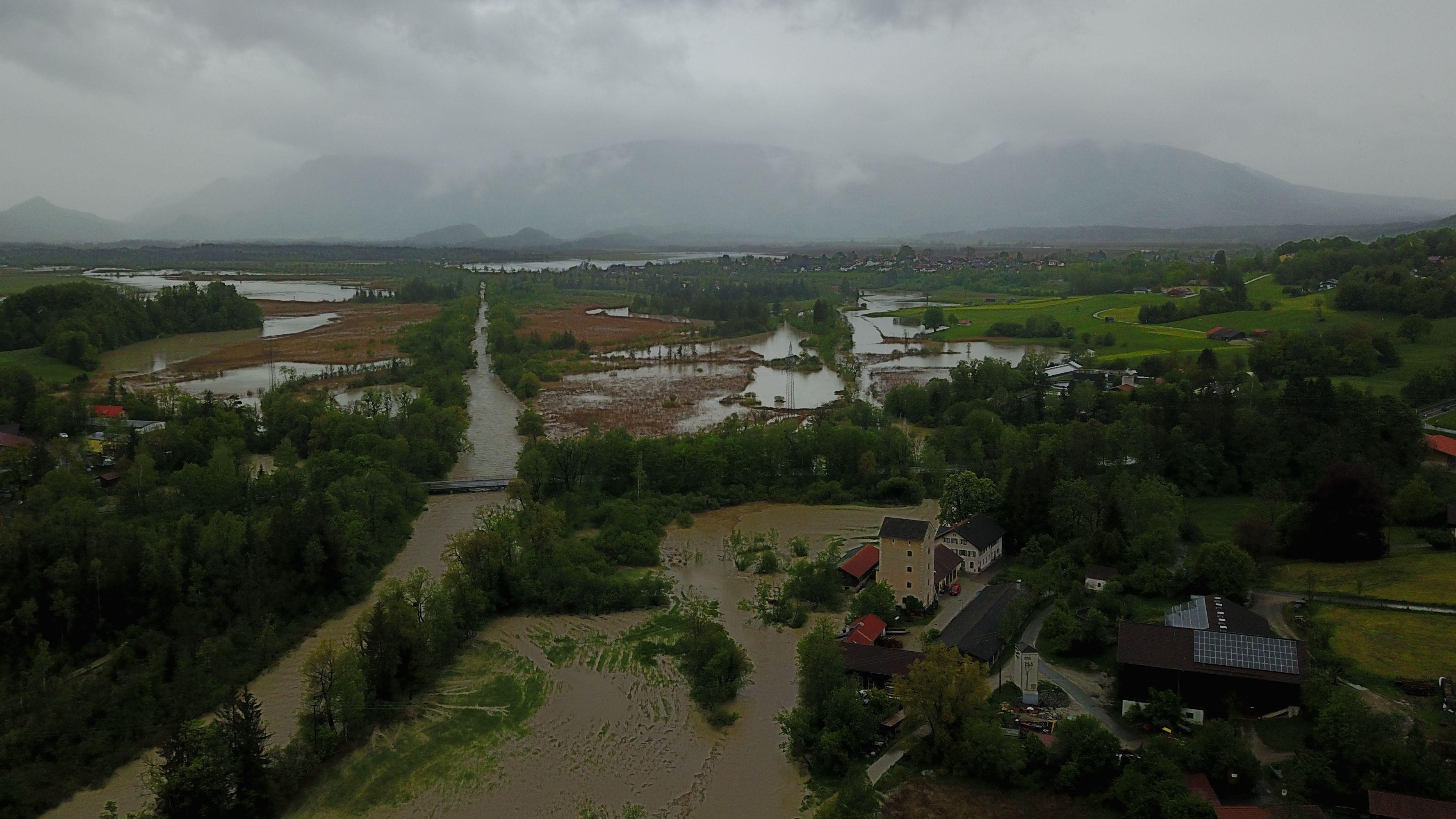 Überschwemmung bei Murnau/Achrain