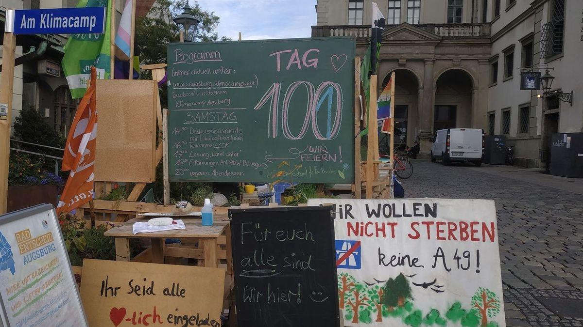 Das Klimacamp der FFF-Augsburg in der Nähe des Rathauses