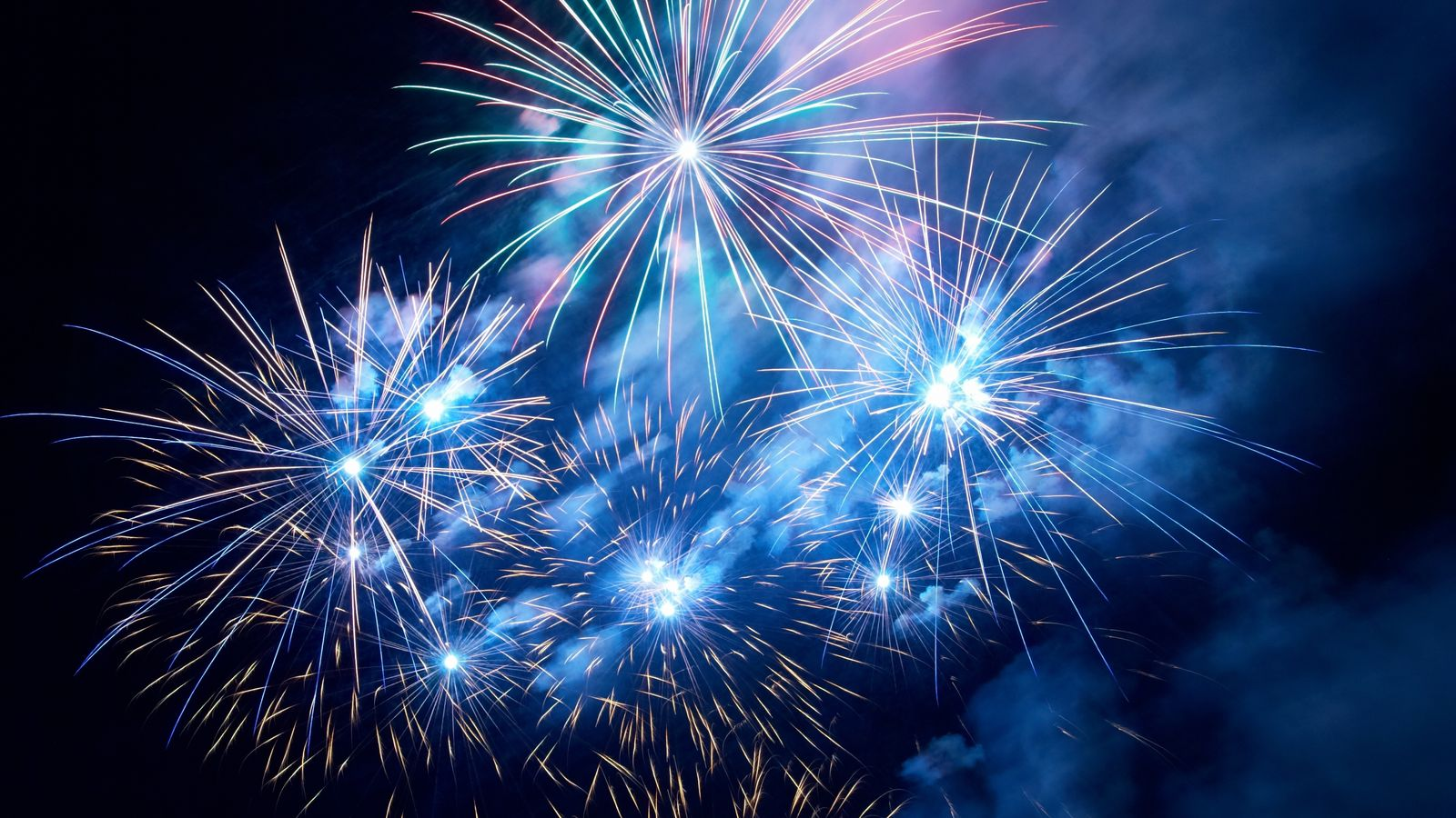 Silvester Feuerwerk Sekt 2020