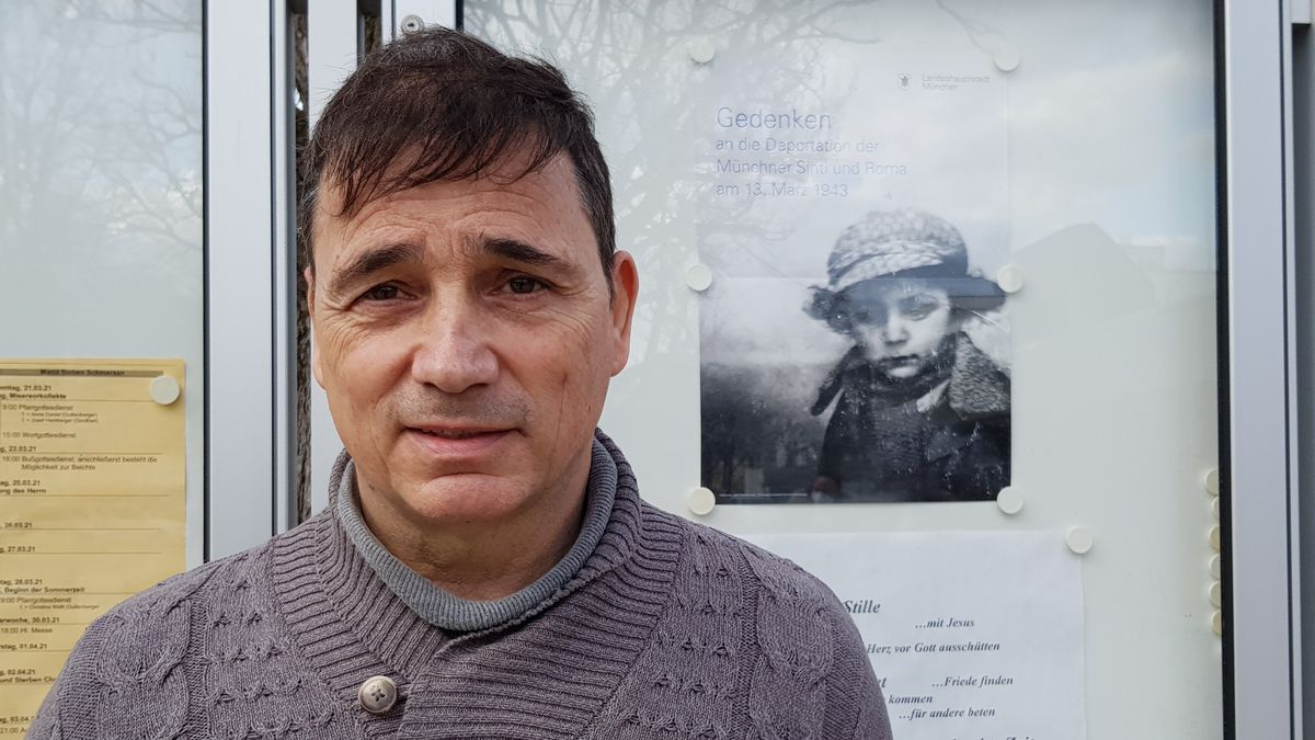 Alexander Diepold erinnert an deportierte Sinti aus München.