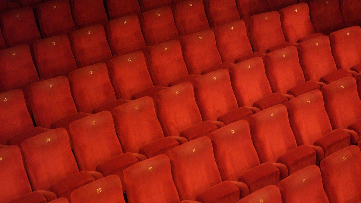 Der Publikumssaal in Theatern bleibt während des Lockdowns vorerst leer