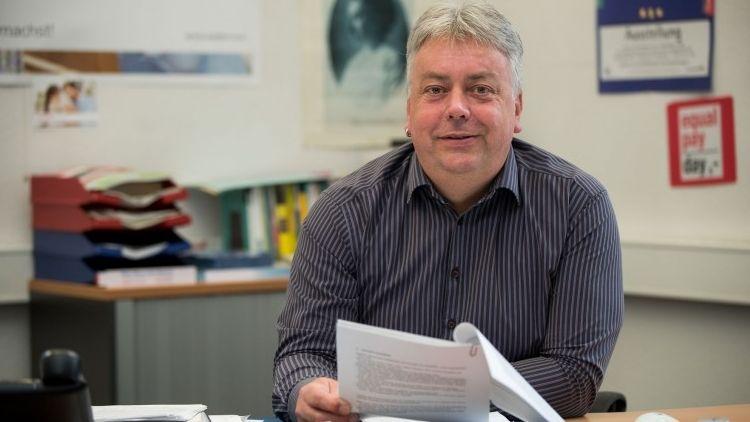 Der Diplom-Sozialpädagoge Matthias Becker ist in Nürnberg seit Mai 2016 der erste kommunale Männerbeauftragte Deutschlands.