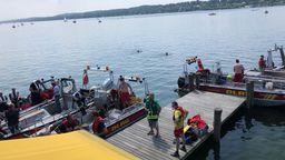 Mehrere Boote der Wasserwacht waren im Einsatz | Bild:Wasserwacht Starnberg