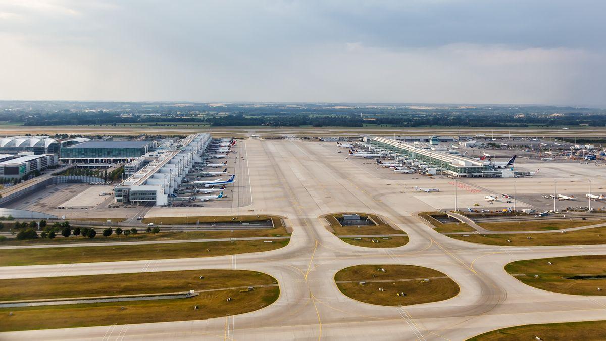 Flughafen München Terminal 2 MUC Luftaufnahme