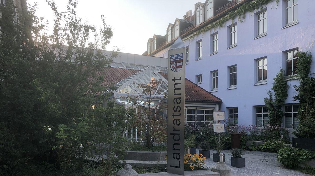 Das Landratsamt Dingolfing-Landau