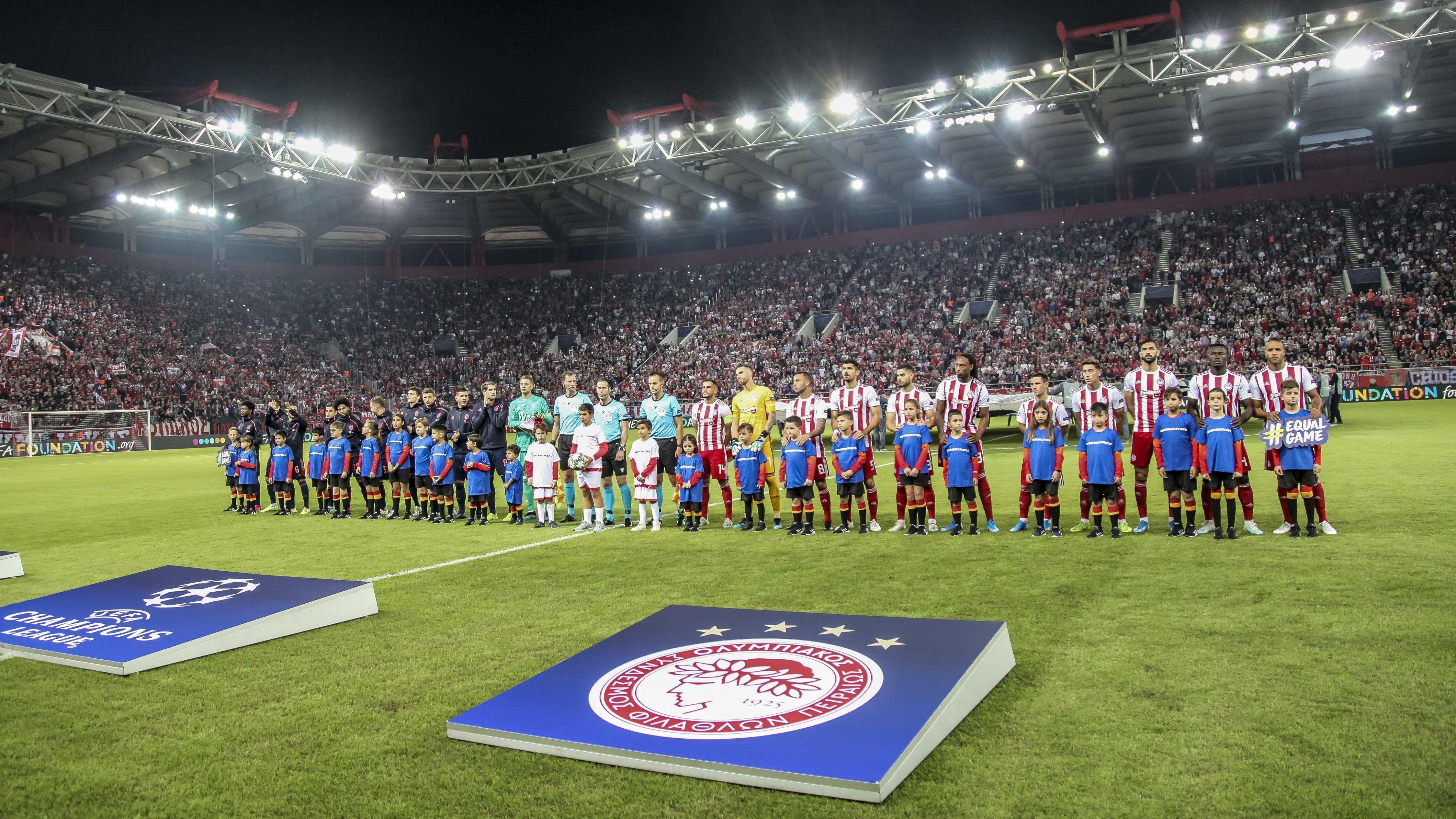 FC Bayern München - Olympiakos Piräus: Die Mannschaften vor dem Hinspiel in Athen