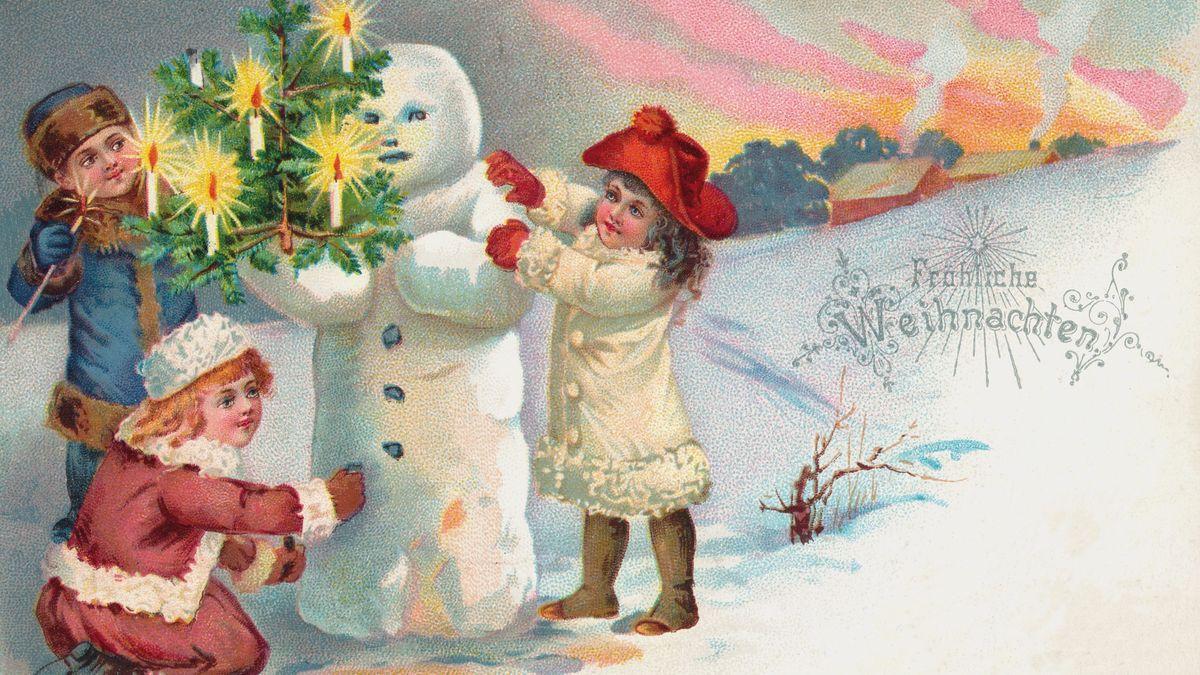 Weihnachtspostkarte von 1901 mit Kindern, einem Schneemann und Weihnachtsbaum