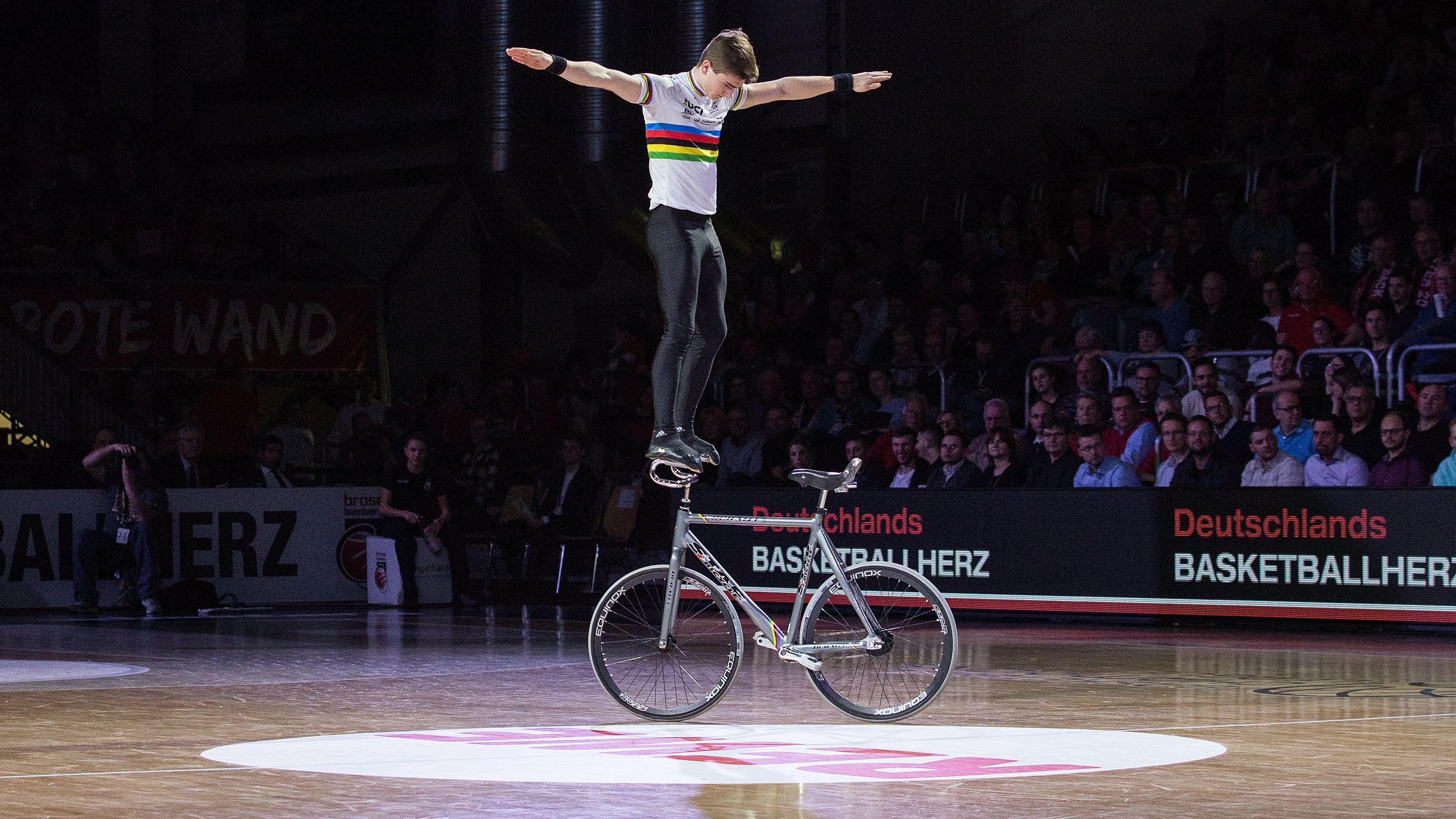 Kunstrad-WM: Lukas Kohl ist Weltmeister