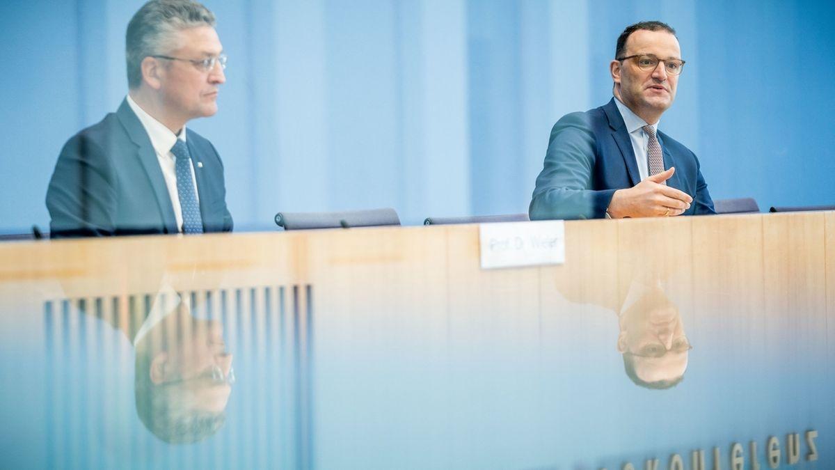 Bundesgesundheitsminister Spahn und RKI-Präsident Wieler auf Pressekonferenz