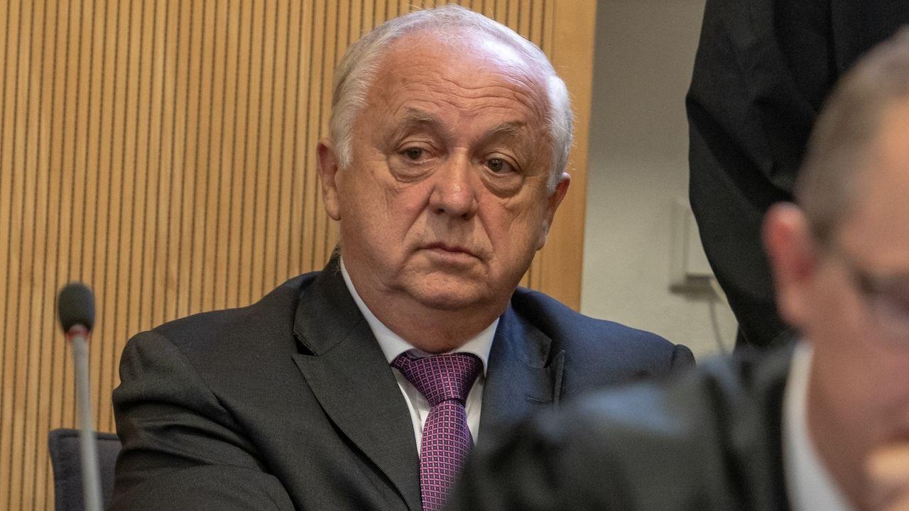 Norbert Hartl, ehemaliger Fraktionsvorsitzender der SPD im Regensburger Stadtrat: Er muss sich wegen Beihilfe zur Vorteilsannahme verantworten.