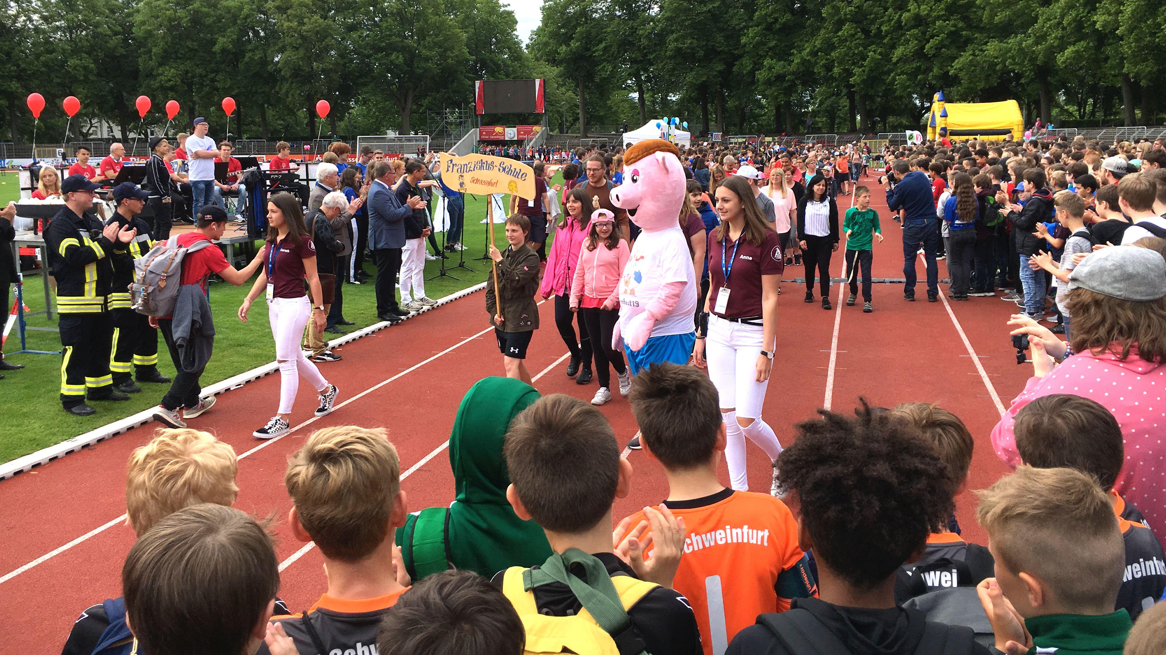 Landesturnfest in Schweinfurt - der Einzug