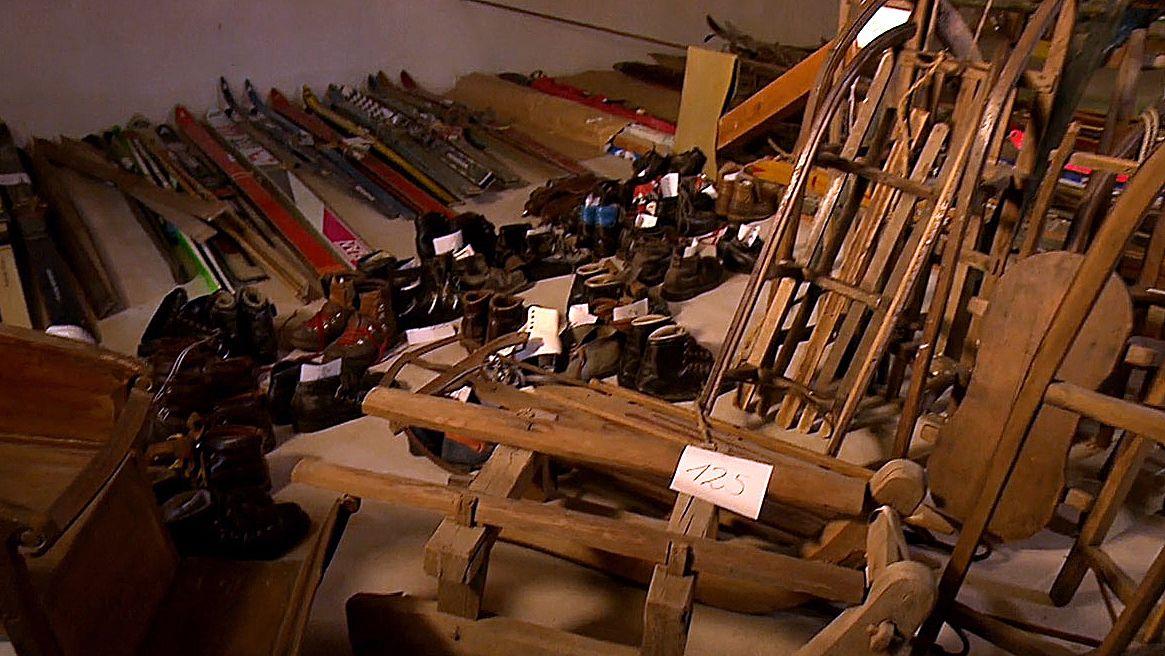Alte Ski-Ausrüstungen
