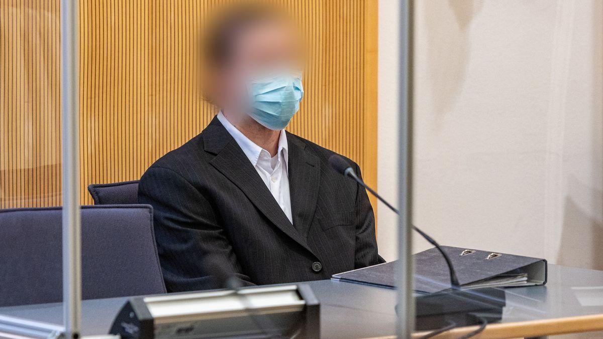 Der frühere Verlobte von Maria Baumer am Tag der Urteilsverkündung im Oktober 2020 im Gerichtssaal.