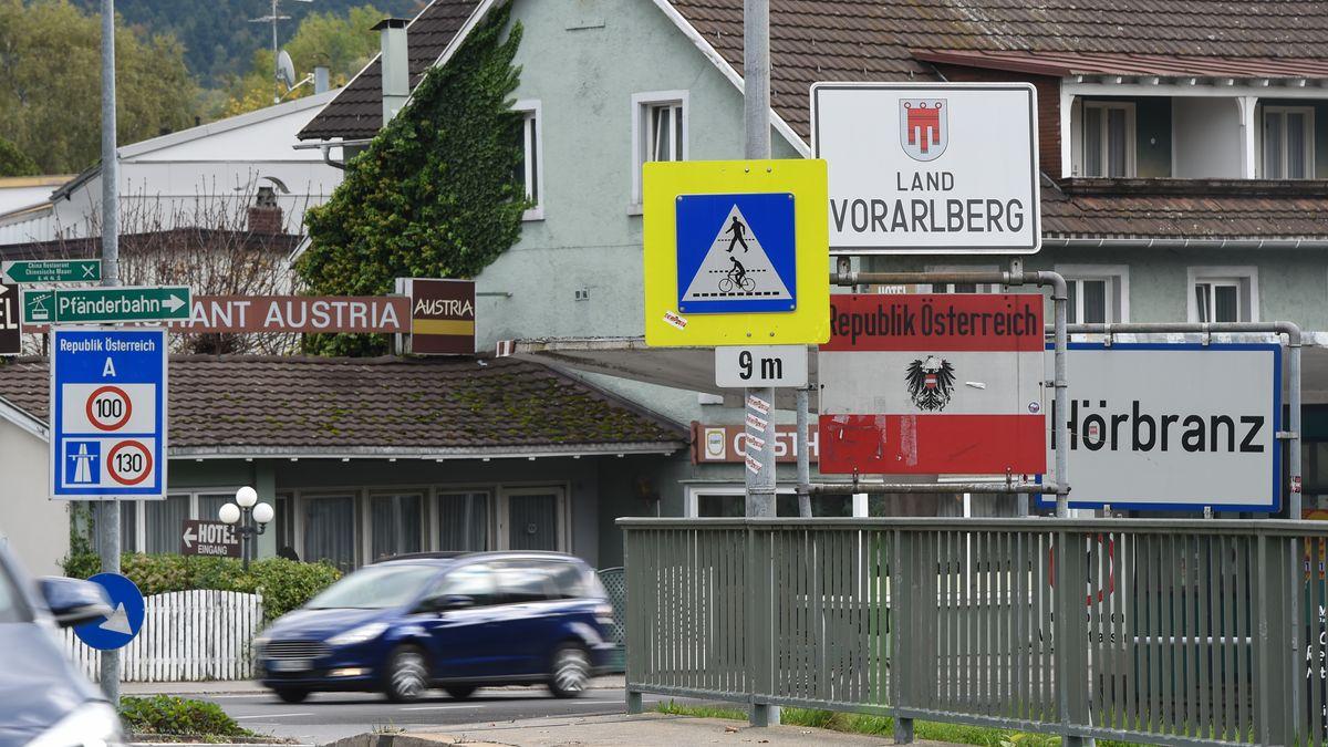 Grenzübergang Hörbranz am Bodensee (Vorarlberg in Österreich)