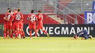 Würzburger Spieler feiern ein Tor gegen Meppen | Bild:imago images/Werner Scholz
