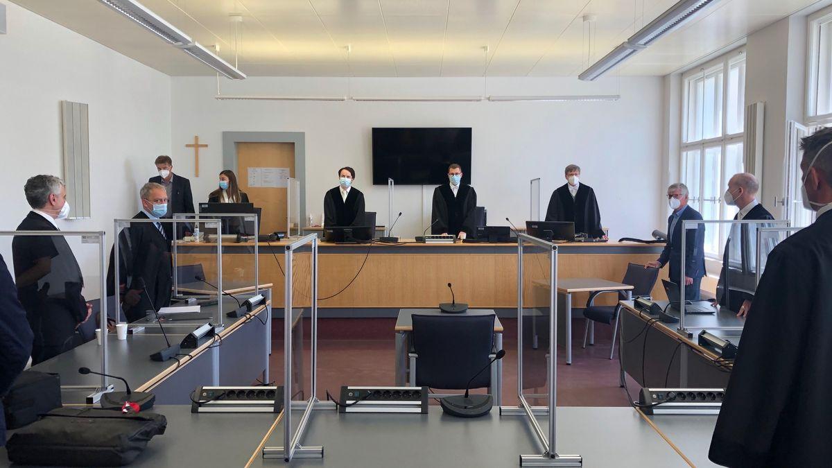 Urteilsverkündung im Mordprozess vor dem Landgericht Regensburg
