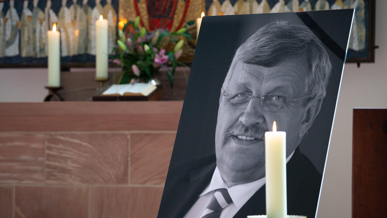 Ein Portrait vom ermordeten Kasseler Regierungspräsidenten Walter Lübcke