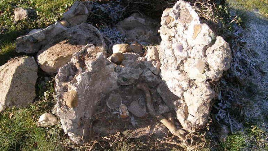 Von der Grotte ist nur noch ein Schutthaufen übrig