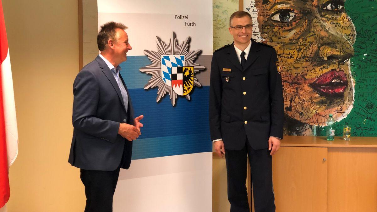 Fürths OB Thomas Jung mit Michael Dibowski, Chef der Polizeiinspektion Fürth