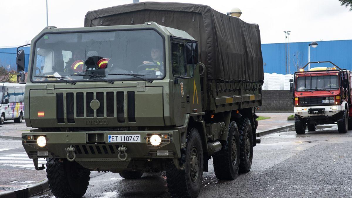 Fahrzeuge der Unidad Militar de Emergencias
