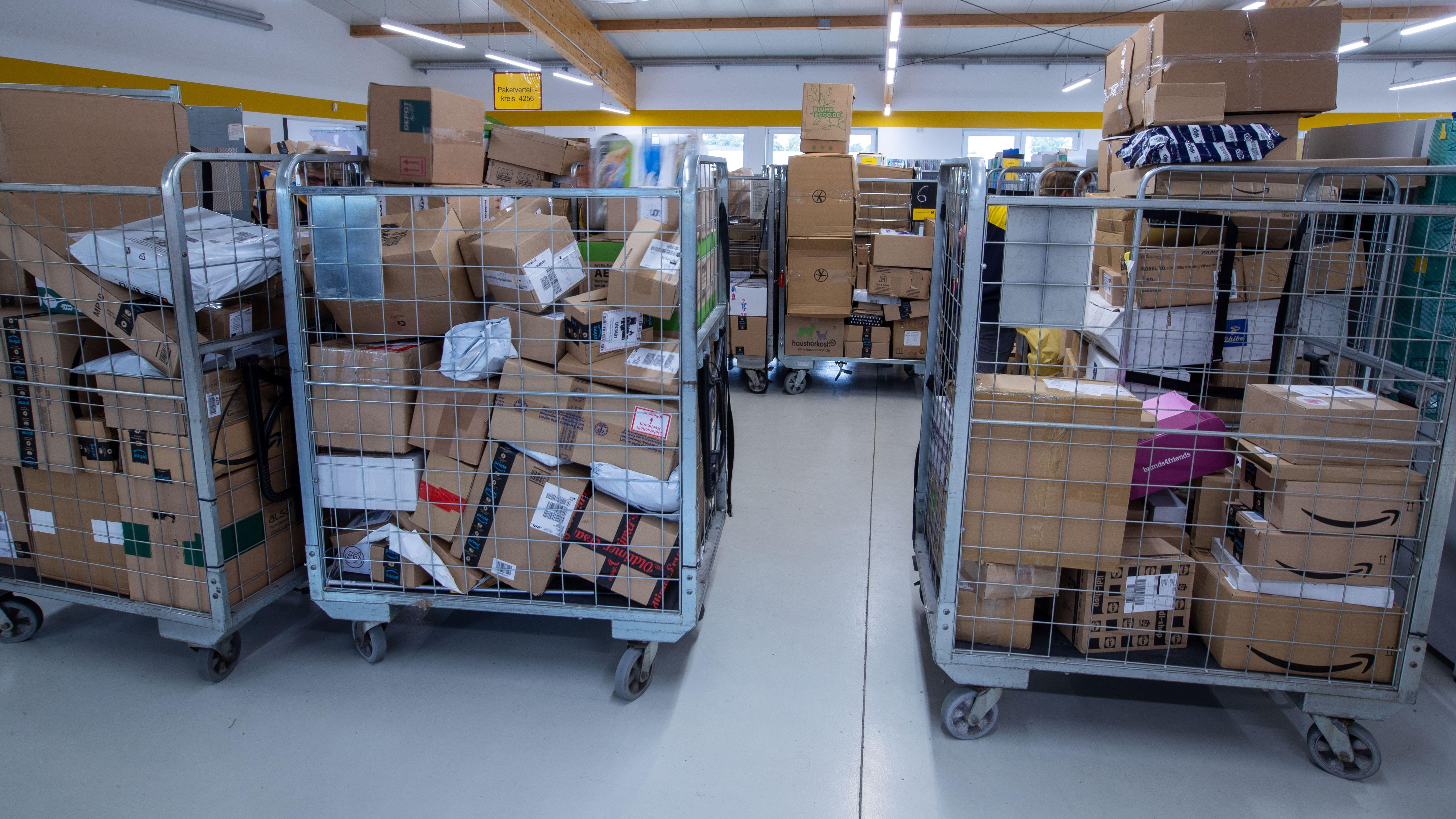 Paketlager bei der Post