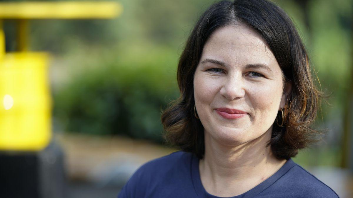 Für Grünen-Chefin  Baerbock ist der Kampf gegen den Klimawandel die wichtigste Aufgabe ihrer Generation.
