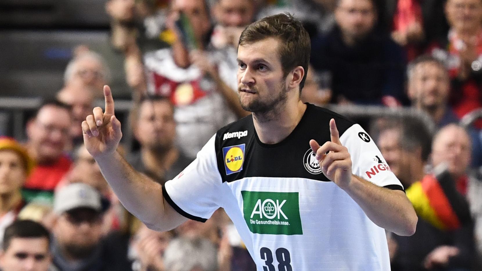Fabian Böhm freut sich über einen Treffer