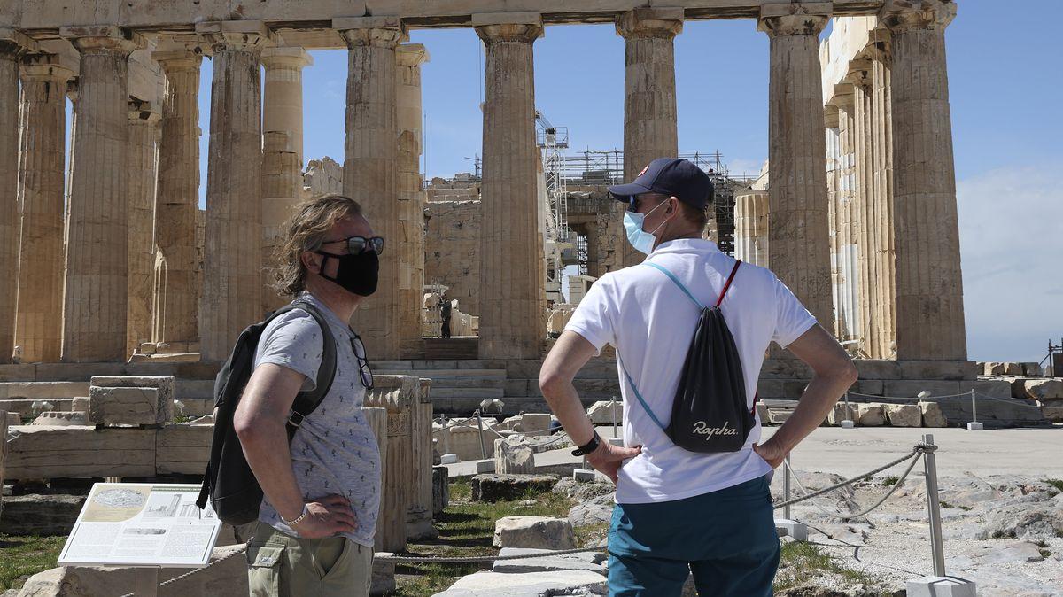 Besucher auf der Akropolis in Athen