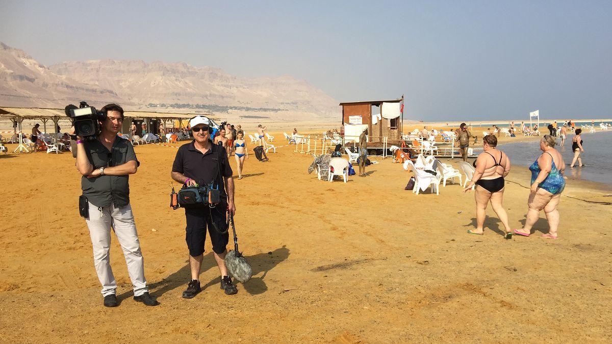 Kamerateam Alex Goldgraber und Moshe Lubliner beim Drehen