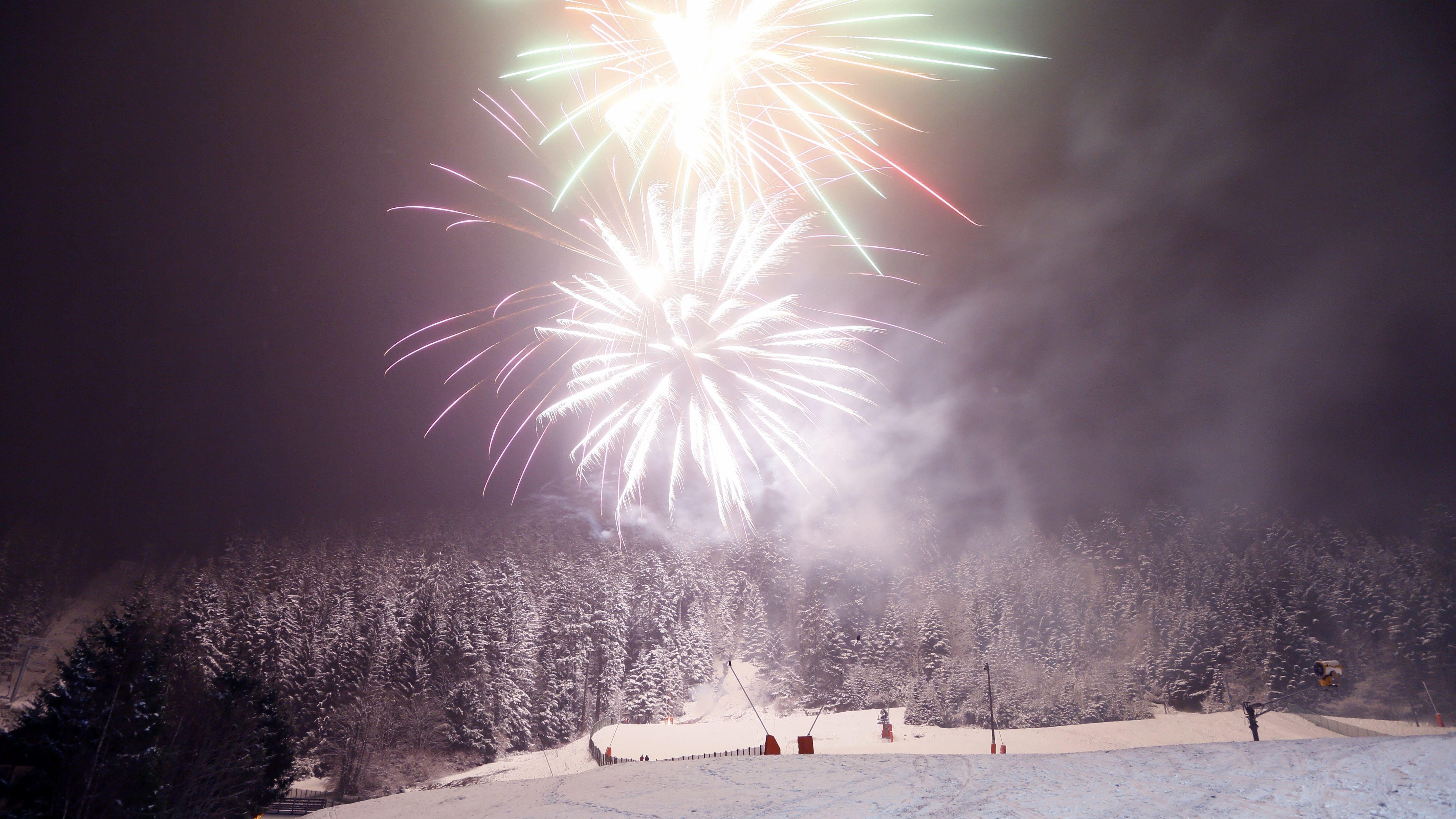 Feuerwerk in der Natur (Symbolbild)