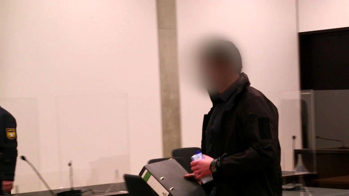 Ein 43-Jähriger ist vom Landgericht Nürnberg-Fürth wegen versuchter räuberischer Erpressung zu vier Jahren Freiheitsstrafe verurteilt worden
